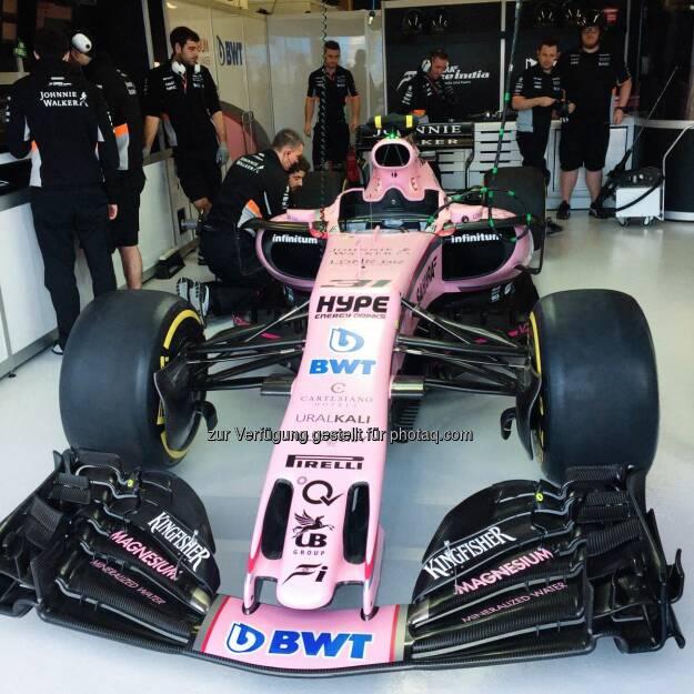BWT - Die Pink Panther beim Sahara Force India Formula One Team sind bereit. Viel Glück an Sergio Perez und Esteban Ocon.  Let's rock the season 2017.  #PinkInThePitlane #PinkPanther  Source: http://facebook.com/bwtwasser, © Aussendung (26.03.2017)