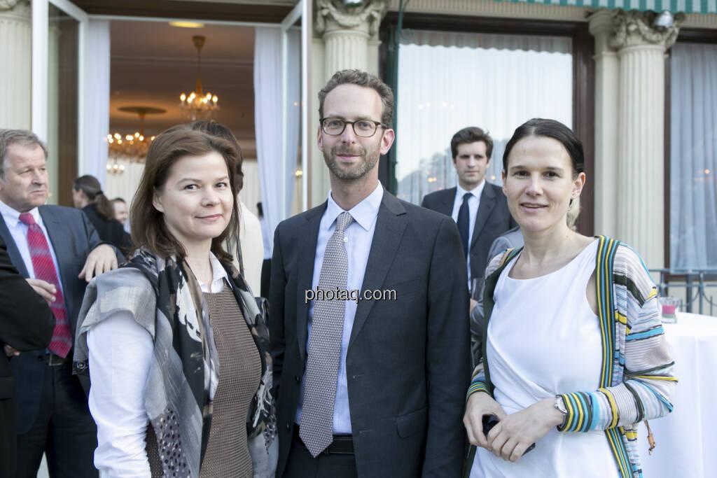Simone Korbelius (Immofinanz), Daniel Folian (Warimpex), Bettina Schragl (Immofinanz), © finanzmarktfoto/Martina Draper (15.05.2013)