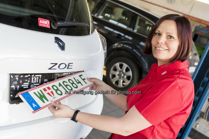 ARBÖ: Ab sofort: Grüne Kennzeichen für E-Autos (Fotograf: Martin Steiger / Fotocredit: ARBÖ)