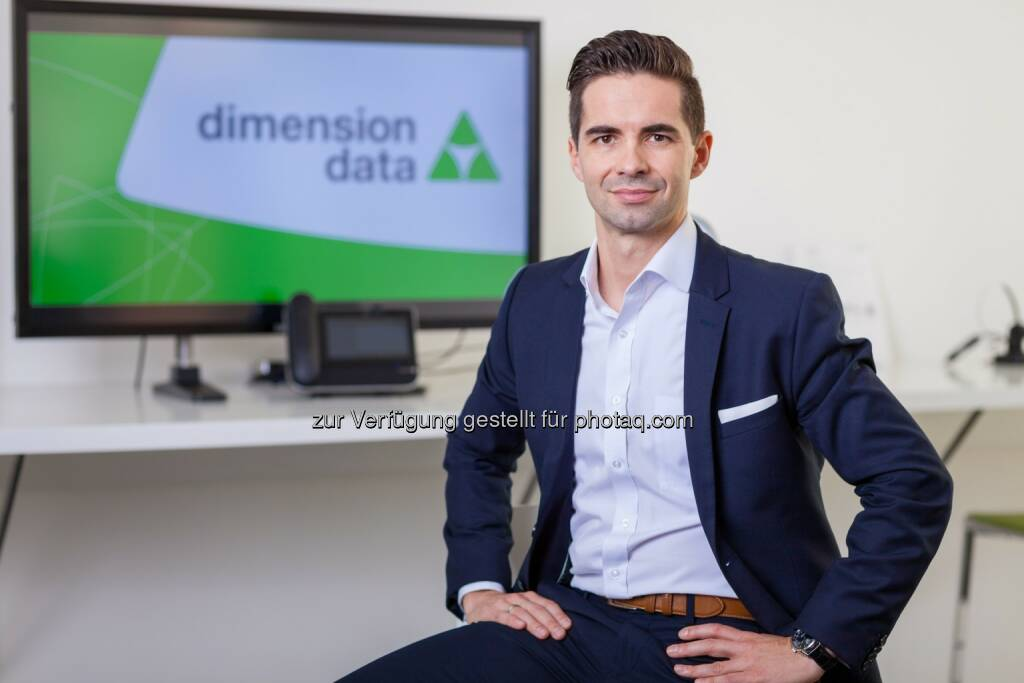 Jürgen Horak, CEO Dimension Data Austria, präsentiert die Studie Erfolgsfaktoren für das Management hybrider IT. - Dimension Data: Studie von Dimension Data: Cloud und Hybrid IT werden Standard in Unternehmen (Fotocredit: Dimension Data), © Aussender (06.04.2017)