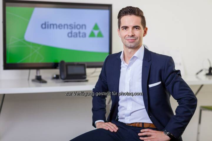 Jürgen Horak, CEO Dimension Data Austria, präsentiert die Studie Erfolgsfaktoren für das Management hybrider IT. - Dimension Data: Studie von Dimension Data: Cloud und Hybrid IT werden Standard in Unternehmen (Fotocredit: Dimension Data)