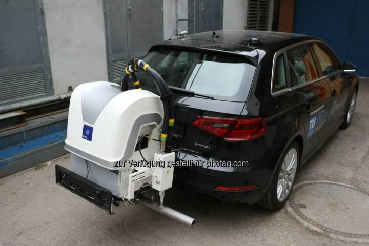 Ein Fahrzeug mit Messgerät für Onroad-Messungen - Technische Universität Wien: Weniger Feinstaub durch Bio-Ethanol im Tank (Fotocredit: TU Wien)
