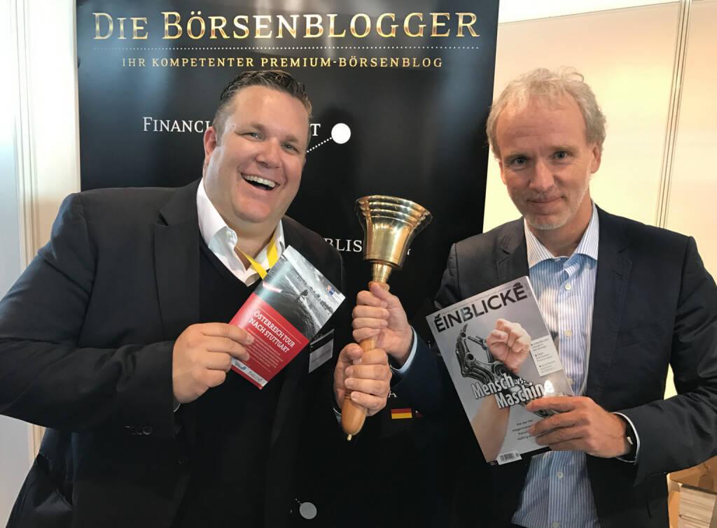Christoph Scherbaum und Christian Drastil mit dem Mini-  http://www.boerse-social.com/magazine , beigelegt bei http://markteinblicke.de #invest2017 (09.04.2017)