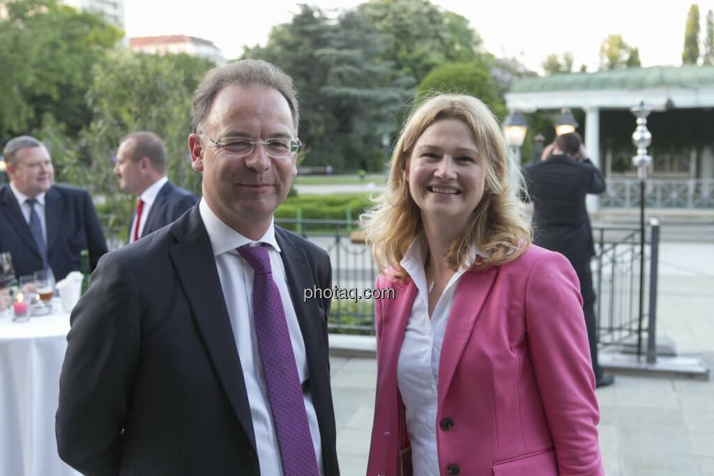 Heimo Scheuch, Barbara Braunöck (Wienerberger), © finanzmarktfoto/Martina Draper (15.05.2013)