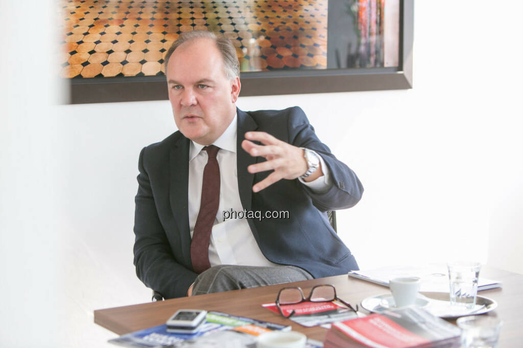 Thomas Gindele (Deutsche Handelskammer in Österreich), © Martina Draper/photaq (10.04.2017)