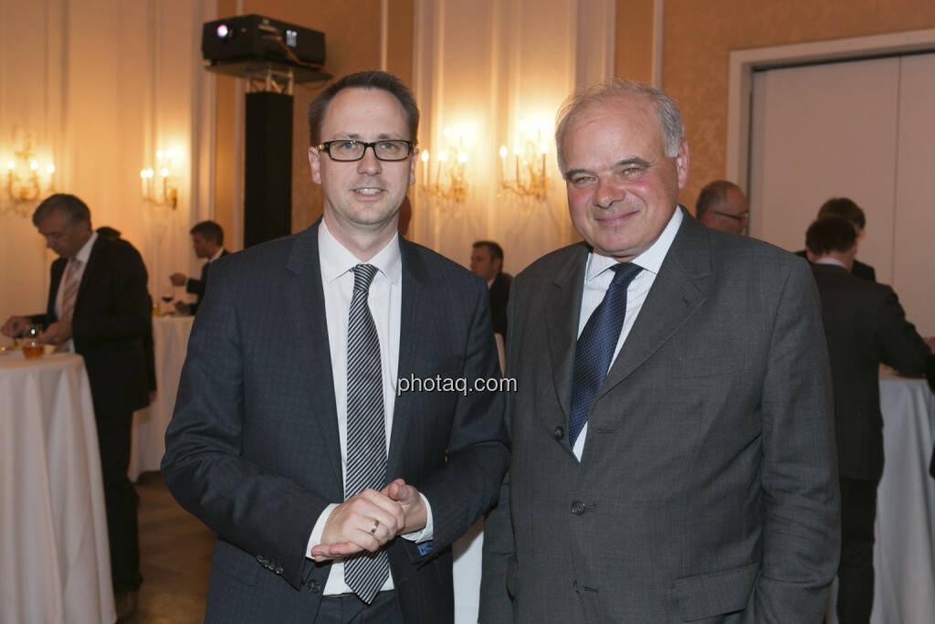 Stefan Maxian (RCB), Alfred Pasquali (Bank Gutmann), © finanzmarktfoto/Martina Draper (15.05.2013)