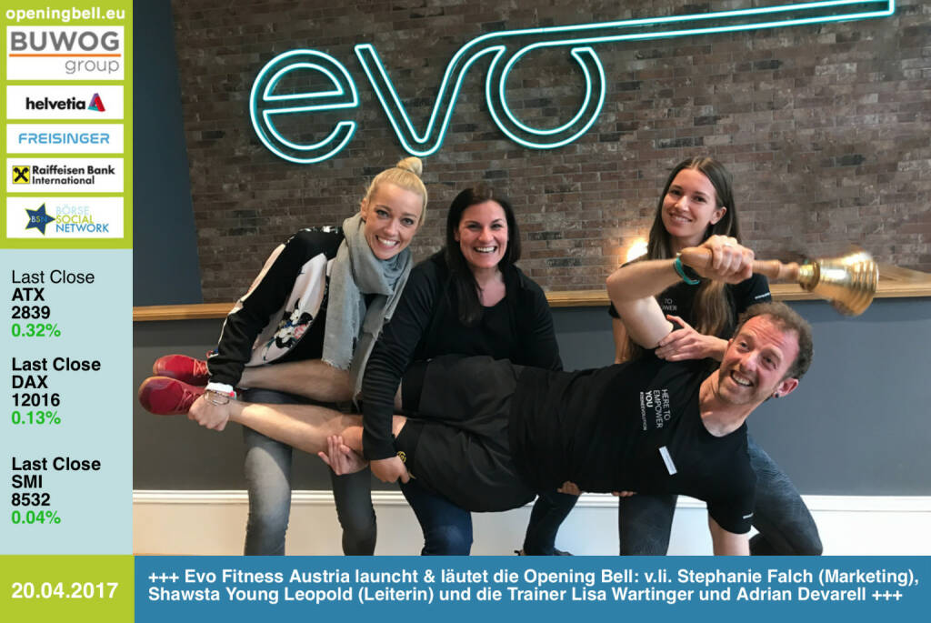 #openingbell am 20.4.: Evo Fitness Austria eröffnete gestern Mittwoch in der Berggasse in 1090 Wien und läutet für heute Donnerstag die Opening Bell: v.li. Stephanie Falch (Marketing), Shawsta Young Leopold (Leiterin) und die Trainer Lisa Wartinger und Adrian Devarell https://evofitness.at/evo-vienna-berggasse/ https://www.facebook.com/groups/Sportsblogged (20.04.2017)