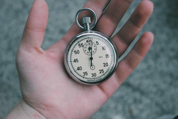 Zeit, Uhr, Stoppuhr, Rekord, Schnell (Bild: Pixabay/Unsplash https://pixabay.com/de/zeit-stoppuhr-uhr-stunden-minuten-731110/ )