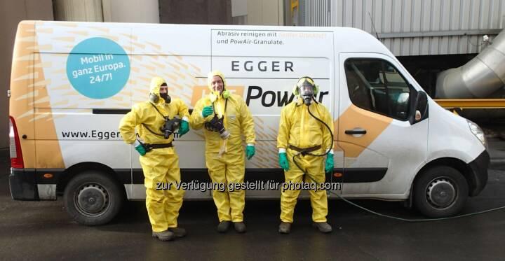 100% Sicherheit, persönliche Schutzausrüstung für jeden Einsatz richtig gewählt - Egger PowAir Cleaning GmbH: Stand der Technik - PowAir Cleaning (Fotocredit: Egger PowAir Cleaning GmbH)