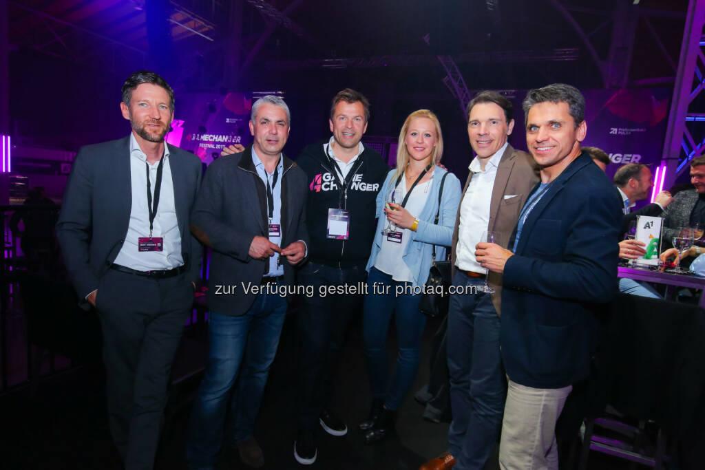 Thomas Schaufler & Peter Bosek (Erste Bank Group AG), Markus Breitenecker, Bianca Gfrei (Kiewno), Christof Wahl (Vorstand ProSiebenSat.1 Media SE), Michael Altrichter (StartUp 300), ©  ProSiebenSat.1 Puls4 (25.04.2017)