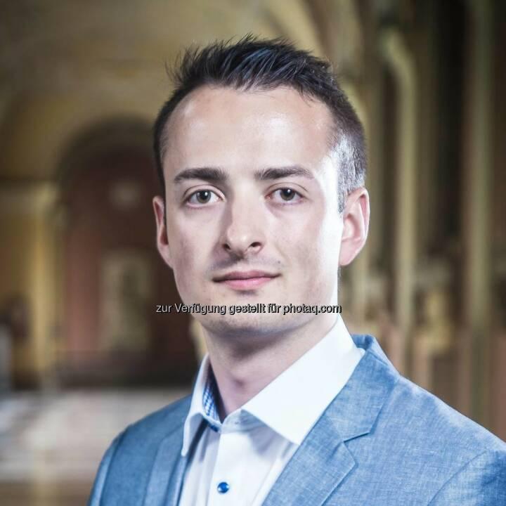 Felix Mayrbäurl - Ring Freiheitlicher Studenten: Wissenschaftliche Arbeiten genderfrei! (Fotocredit: RFS)