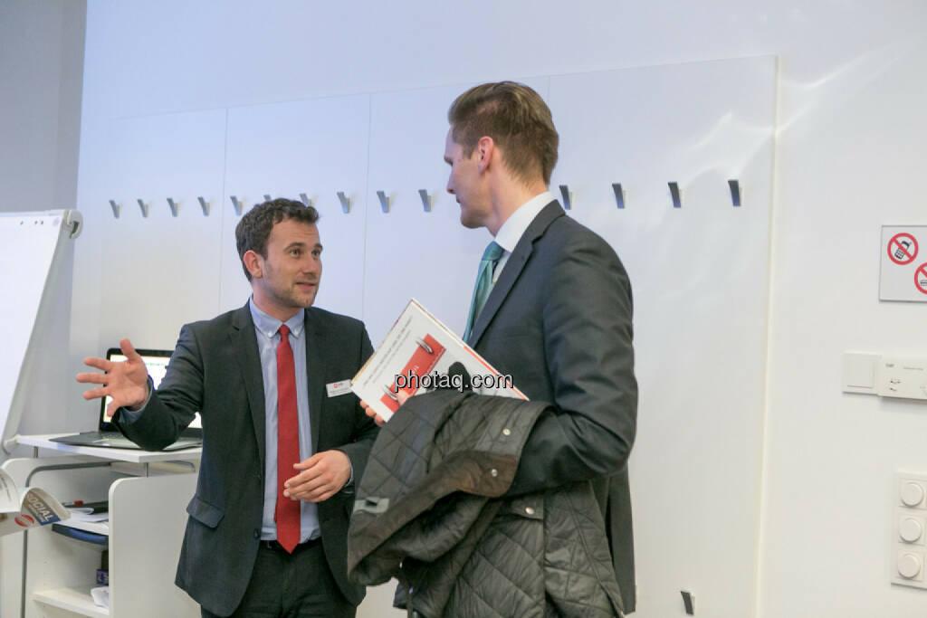 Philipp von Breitenbach (xtb), Florian Helmberger (Hello bank!), © Martina Draper/photaq (27.04.2017)