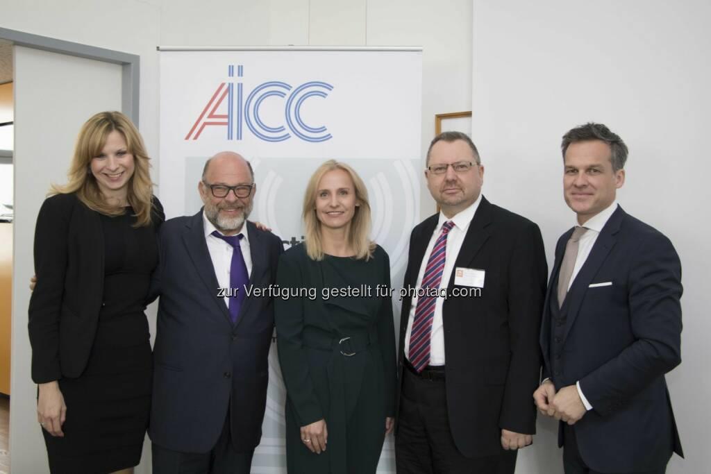 Die Gastgeber der AICC mit Professor Shlomo Shpiro - Lansky, Ganzger & Partner Rechtsanwälte GmbH: AICC holt Anti-Terrorexperten nach Wien (Fotograf: Raphael Schwarz / Fotocredit: LGP), © Aussender (04.05.2017)