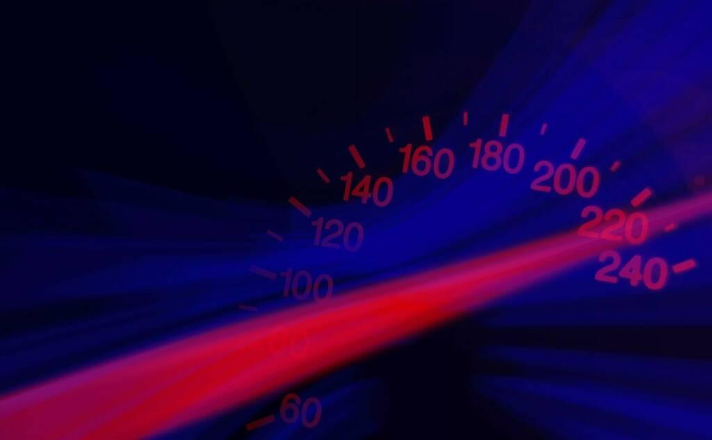 Speed, Tempo, Geschwindigkeit, Beschleunigung, Wachstum (Bild: Pixabay/geralt https://pixabay.com/de/tachometer-tacho-rasen-vollgas-653246/ )  (08.05.2017)