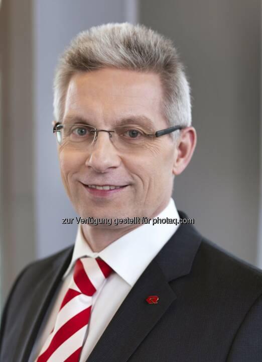 Aufsichtsrat und Vorstand danken Gottfried Brunbauer für die erfolgreiche Vorstandstätigkeit  (Fotocredit: Rosenbauer International AG)
