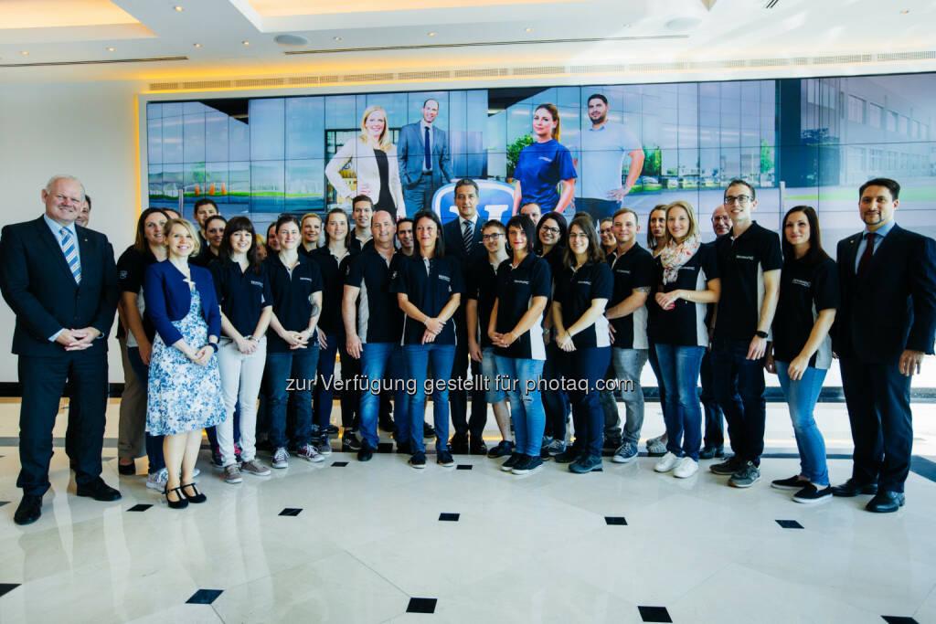 Novomatic startet Freiwilligeninitiative - Rund 30 Novomatic-Mitarbeiterinnen und Mitarbeiter nahmen an drei gemeinnützigen Projekten, die in Zusammenarbeit mit der Caritas der Erzdiözese Wien organisiert wurden, teil.  (Bild: David Faber), © Aussendung (18.05.2017)