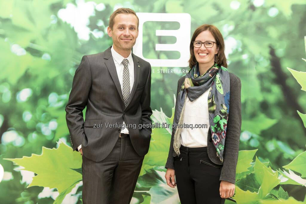Sandra Maurer und Georg Wurzenberger sind für den Kunden-Dialog der Energie Steiermark verantwortlich - Energie Steiermark AG: Neue Leiterin des Kunden-Service in der Energie Steiermark (Fotograf: Edi Aldrian / Fotocredit: Energie Steiermark), © Aussender (19.05.2017)