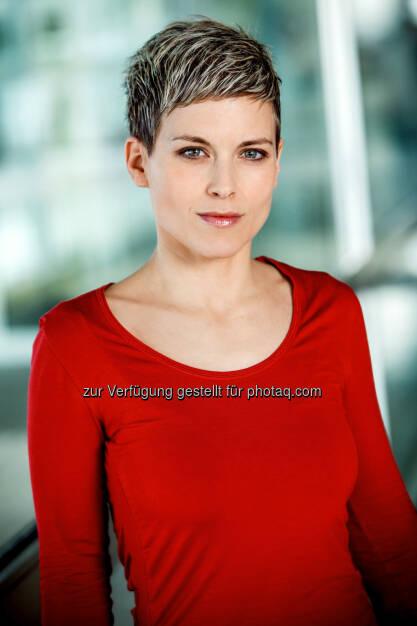 """ORF-Redakteurin Nora Zoglauer (40) bekommt """"Prof. Claus Gatterer-Preis 2017"""". - Österreichischer Journalisten Club: ORF-Redakteurin Nora Zoglauer bekommt """"Prof. Claus Gatterer-Preis 2017"""" (Fotocredit: ORF), © Aussender (23.05.2017)"""