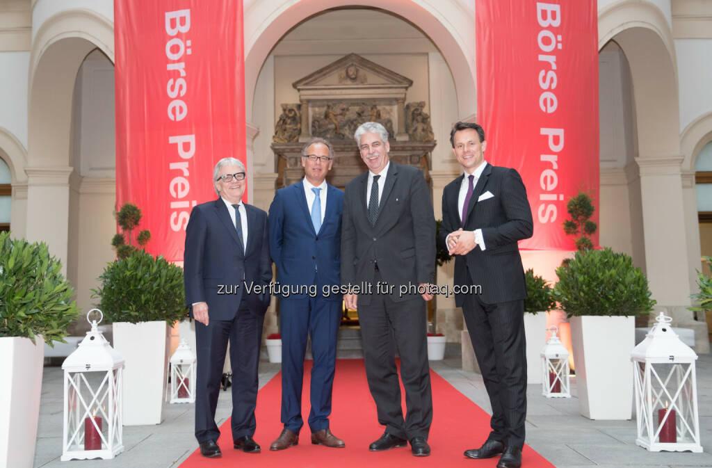 Börse-Vorstand Boschan mit Finanzminister Schelling, Wienerberger-CEO Scheuch und voestalpine-CEO Eder (Fotocredit: Wiener Börse) (01.06.2017)