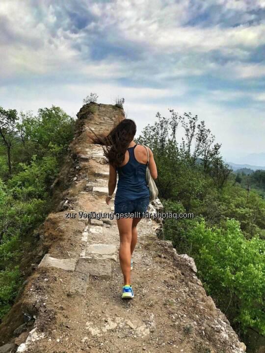 Monika Kalbacher, Chinesische Mauer, China, bergauf