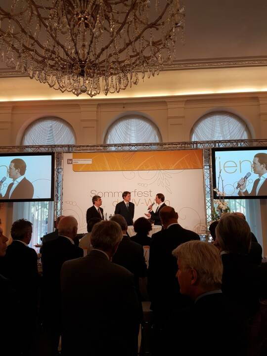 Wiener Börse - New Austrian People's Party leader Sebastian Kurz positively acknowledges the work of our new CEO Christoph Boschan von dem Bussche at the summer event of Federation of Austrian Industry