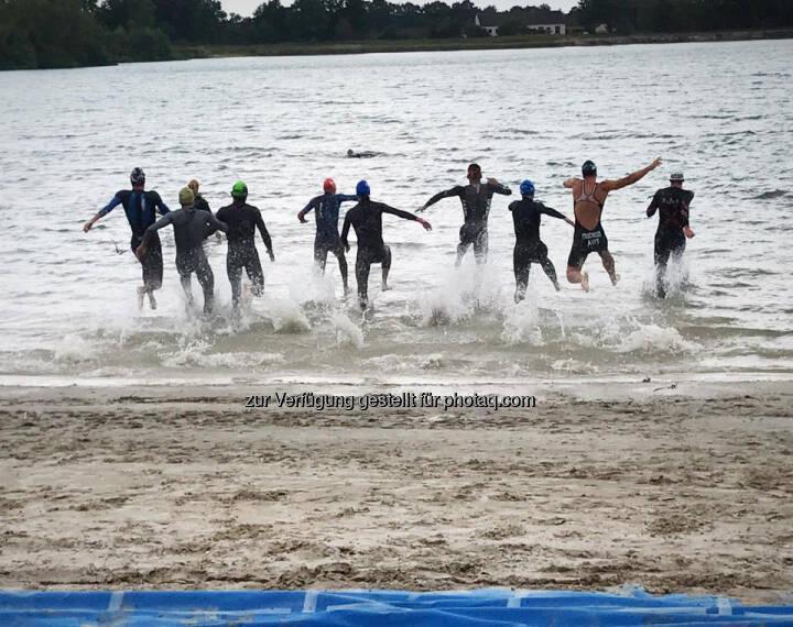 Freudensprung, Sprung ins Wasser, Start
