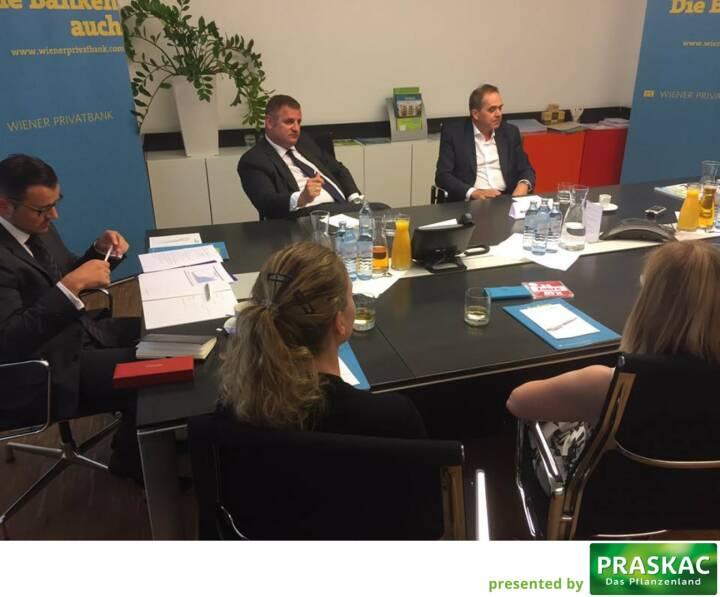 Mit Edi Berger und Wolfgang Matejka beim Roundtable mit Studentinnen der FH St. Pölten (c) Michael Müller