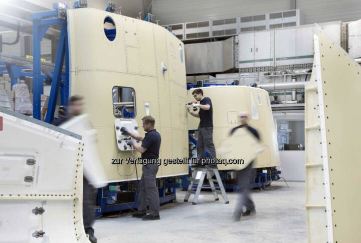 Die FACC Fertigungsstraße für Flügel-Rumpf-Verkleidungen der C Series ist auf hohe Wirtschaftlichkeit und Kosteneffizienz ausgerichtet. Copyright: FACC