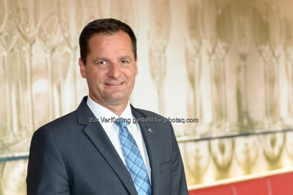 Reinhold Resch, Landesdirektor UNIQA Tirol - UNIQA Insurance Group AG: UNIQA Tirol ist klare Nr.1 im Bundesland (Fotocredit: UNIQA / APA-Fotoservice / Jamnig), © Aussender (21.06.2017)