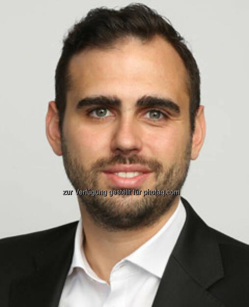 Julian Teicke, wefox CEO, FinanceApp AG: wefox wird den digitalen Versicherer ONE in die wefox-Plattform integrieren (Bild: wefox), © Aussender (26.06.2017)
