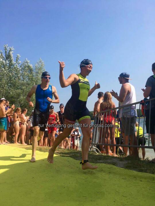Martina Kaltenreiner: 750m done - auf geht's in Schwimmrunde Nr. 2 :-) © Jaqueline Forster