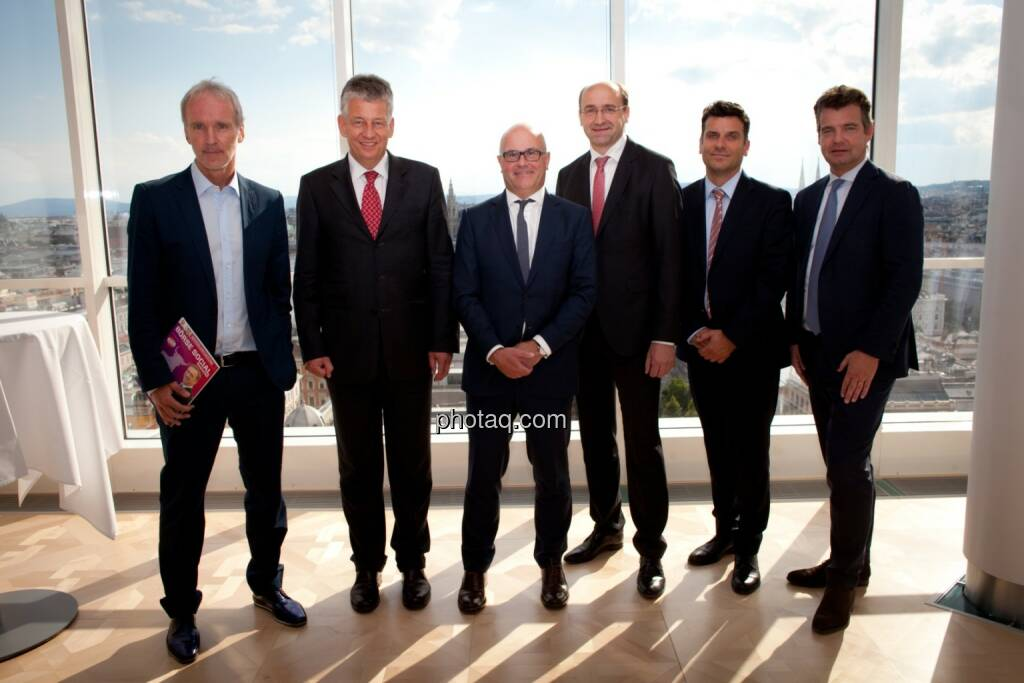 v.li.: Christian Drastil (Börse Social Magazine), Tjark Schütte (Deutsche Post), Ulrich Brockmann (Fielmann AG), Ernst Huber (dad.at Bank), Josko Radeljic (BayWa AG), Marc Tüngler (Deutsche Schutzvereinigung für Wertpapierbesitz e.V. = DSW e.V), © Michaela Mejta (04.07.2017)