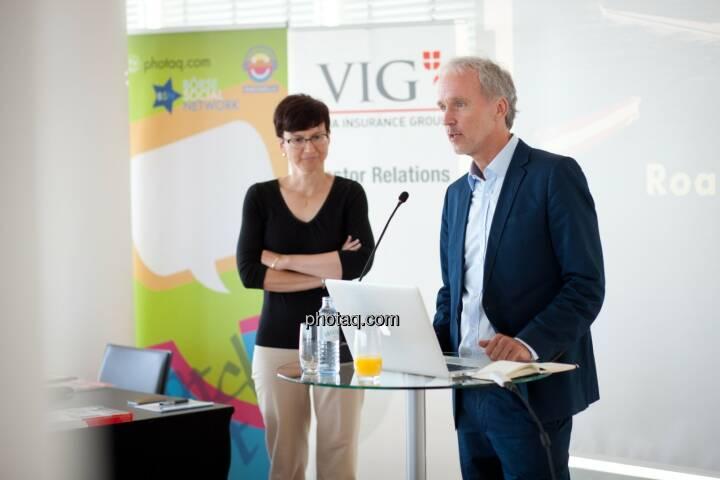 Gastgeberin im Ringturm: Nina Higatzberger-Schwarz (VIG, Leiterin Investor Relations), Christian Drastil (BSN)