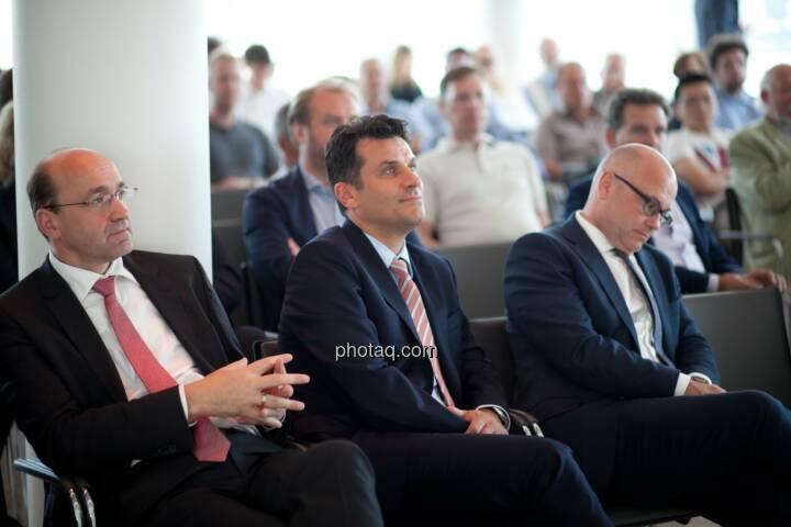Ernst Huber (dad.at Bank), Josko Radeljic (BayWa AG), Ulrich Brockmann (Fielmann AG) plus Gäste der Roadshow