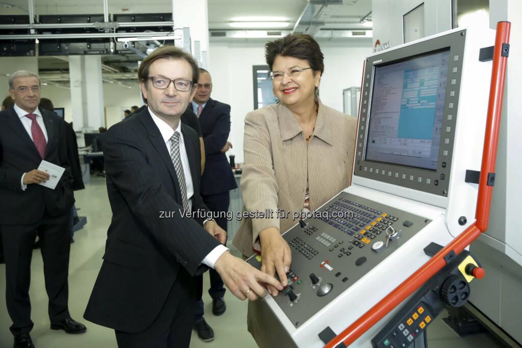 Eröffnung aspern iQ: Gerhard Hirczi, Renate Brauner (c) Wirtschaftsagentur Wien (15.12.2012)