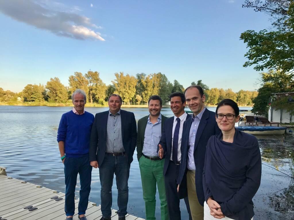 1. Börse Social Magazine Abonnenten-Stammtisch: Christian Drastil (BSN), Hannes Roither (Palfinger), Martin Foussek (Own Austria), Michael Oplustil (Uniqa), Thomas Niss (Own Austria), Bettina Schragl (Immofinanz) (26.07.2017)