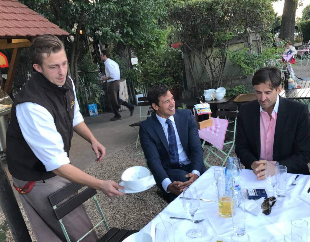 Michael Oplustil (Uniqa) im Gespräch mit Gerhard Massenbauer (26.07.2017)