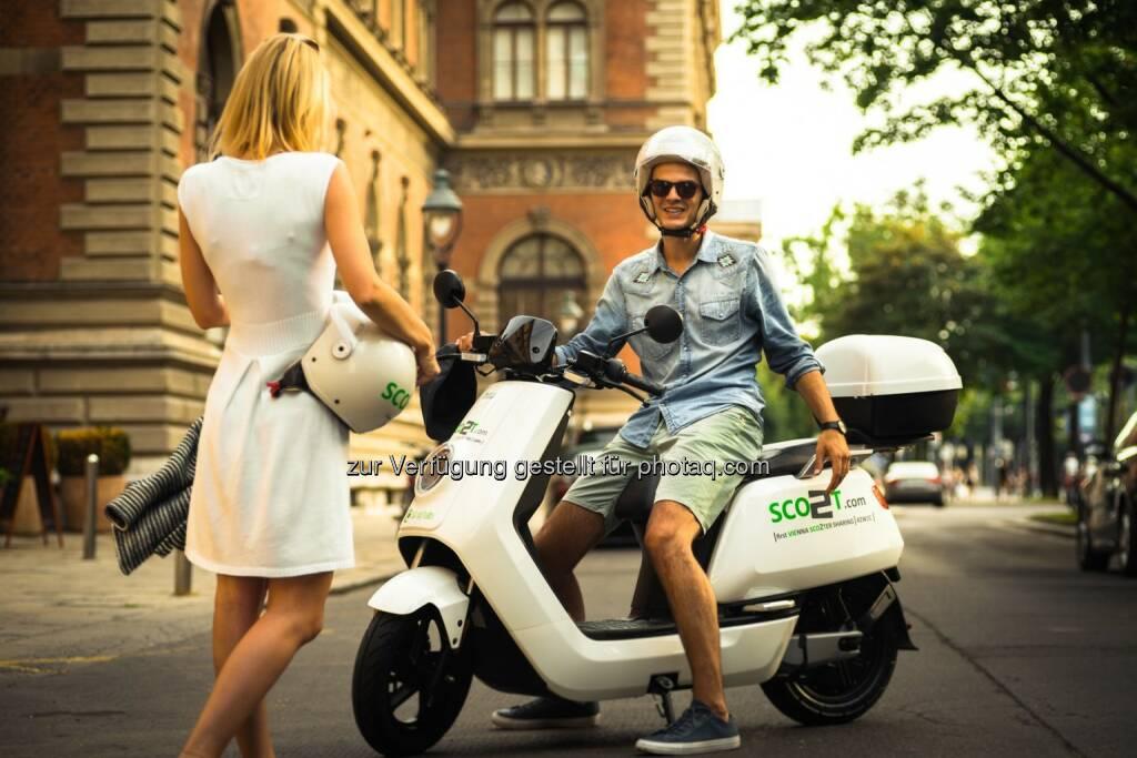 SCO2T startet Rollersharing mit Elektrorollern des Typs NIU N1S - Transport Service Solutions GmbH: SCO2T startet Elektro-Rollersharing in Wien (Fotocredit: Nenad Ivic / SCO2T), © Aussendung (27.07.2017)