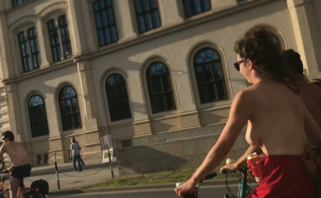 Naked Bike Ride Wien, © diverse photaq (30.07.2017)