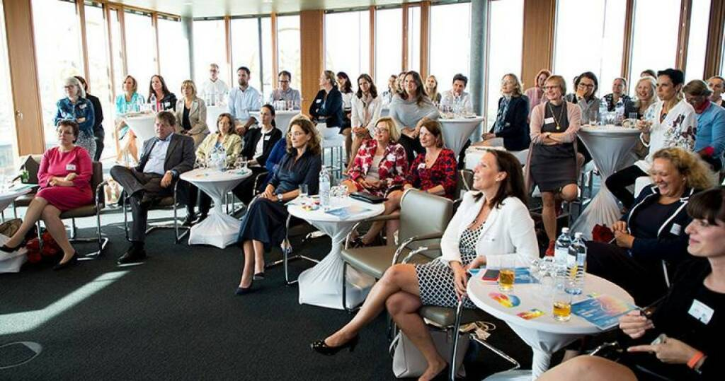 "Erste Group: Erste Women's Hub held its 4th annual summer networking event last week. This year's topic was #glaubandich (believe in yourself) and what it means for career success. The evening featured an interactive discussion with Erste leaders. There was an overall consensus that women should remain authentic in defining their own personal ""brand"" and should speak up openly when it comes to their career ambitions. In addition, both women and men can benefit from a greater gender balance in organisations and especially in decision-making bodies. (04.08.2017)"