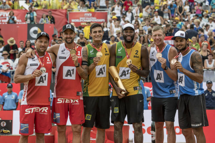 ACTS Sportveranstaltungen GmbH: Beach Volleyball World Championship Vienna - Silver Medalists Clemens Doppler and Alexander Horst of Austria, Gold Medalists Evandro Goncalves Oliveira Junior and Andre Loyola Stein of Brazil, Bronze Medalists Nikita Liamin and Viacheslav Krasilnikov of Russia; Fotograf: Jörg Mitter, Fotocredit: Acts Sport