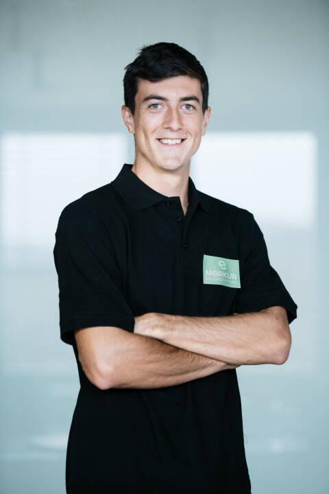 Merkur Versicherung AG: Merkur Versicherung ist neuer Hauptsponsor von Tennis-Spieler Sebastian Ofner, Bild: Merkur Versicherung AG/Joel Kernasenko