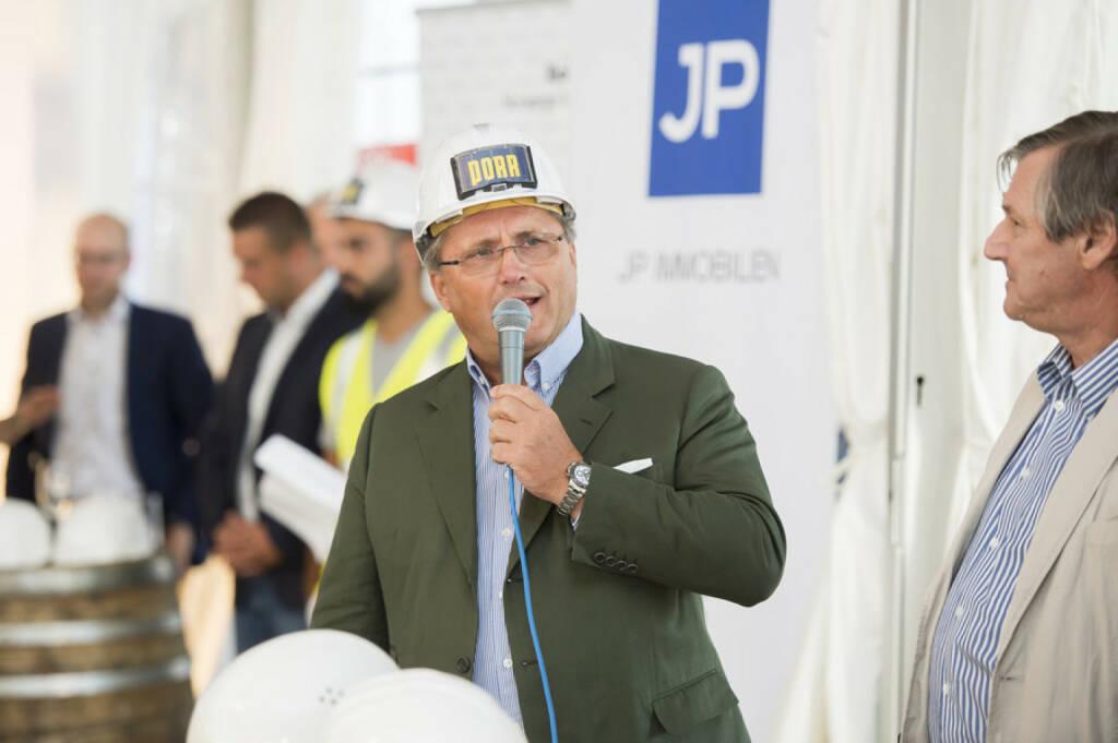 Laendyard: Joint Venture-Partner JP Immobilien und CA Immo feiern die Fertigstellung des Rohbaus von 270 Eigentums- und Vorsorgewohnungen an der Erdberger Lände; Porr-Chef Karl-Heinz Strauss, Bild: CA Immo/APA-Fotoservice/Hörmandinger (30.08.2017)
