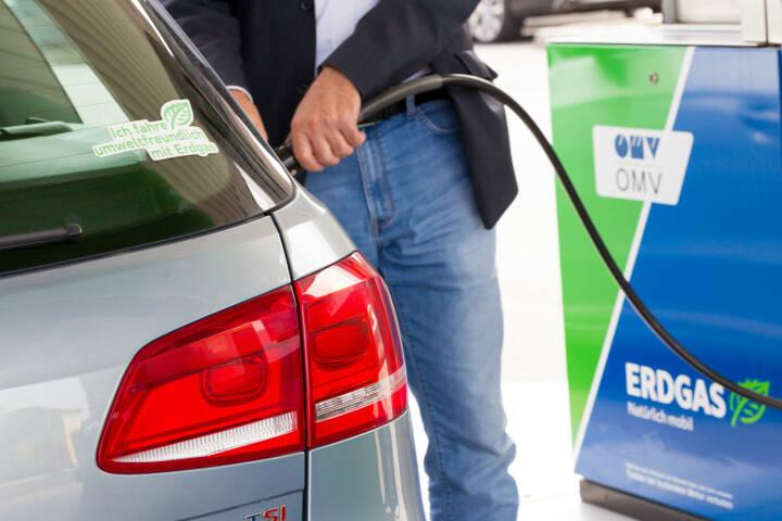 Fachverband Gas Wärme: Autoimporteure versüßen Umstieg auf Gasautos, Tankstelle, OMV, tanken, Erdgas; Fotocredit: FGW/Schedl