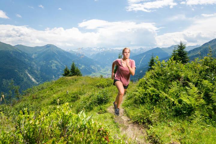 Gasteinertal Tourismus GmbH: Trailrunning in Bergen Gasteins, Laufen, Berg, Bild: MANUEL MARKTL/mine creative/Gasteinertal Tourismus