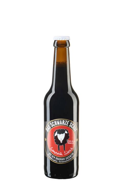 """Brauerei Gusswerk GmbH: Schwarzes Schaf"""" prämiert, Bier, Bierflasche; Fotocredit: Brauhaus Gusswerk"""
