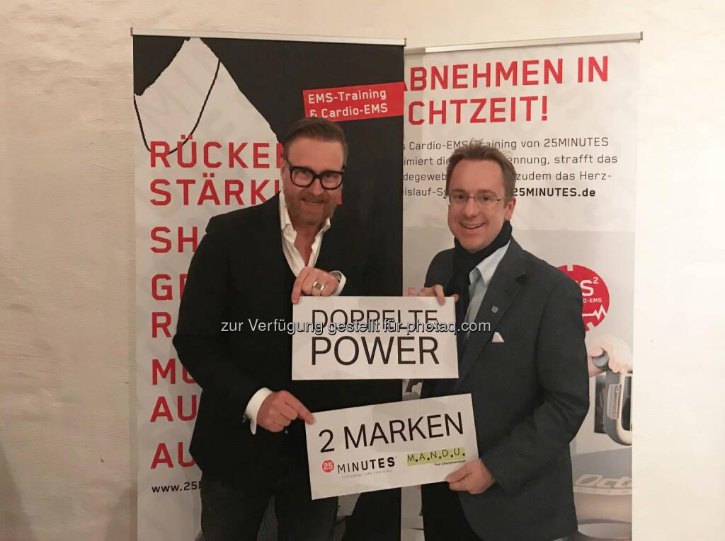 Carsten Pachnicke, Philipp Kaufmann - M.A.N.D.U. one life: 25MINUTES und M.A.N.D.U. schließen sich zusammen (Fotograf: Kaufmann / Fotocredit: 25MINUTES/MANDU), © Aussender (22.09.2017)