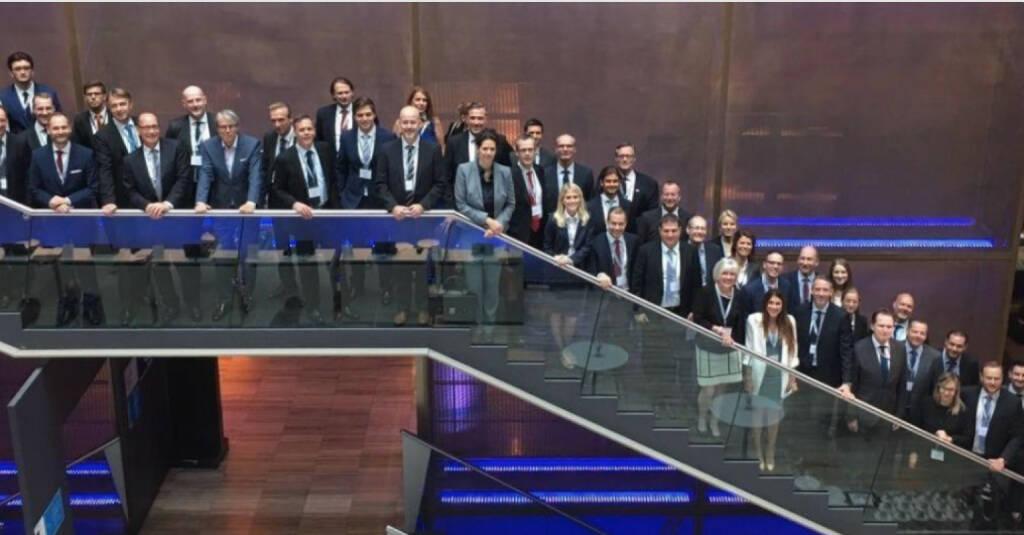 Baader Bank: Die viertägige Baader Investment Conference fand vergangene Woche bereits zum sechsten Mal sehr erfolgreich in München statt und sorgte mit rund 750 Investoren aus 33 Ländern und 175 börsennotierten Unternehmen aus Deutschland, der Schweiz und Österreich erneut für einen Teilnehmerrekord. (26.09.2017)