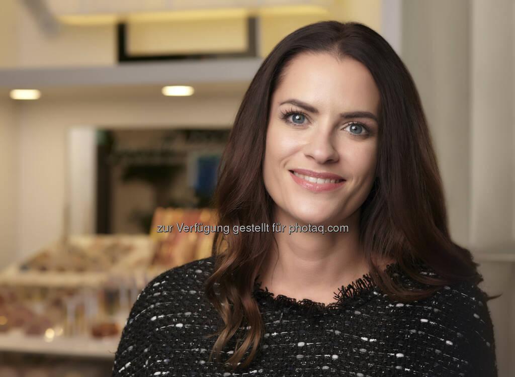 Hautpflegeexpertin Jessica Schäfer - BWT AG: Frischer Glow Teint: Mit diesen Pflegetipps erstrahlt die Haut (Fotocredit: BWT AG), © Aussender (28.09.2017)