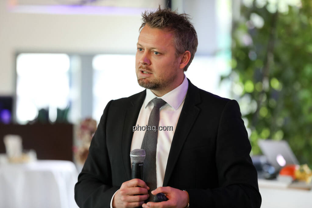 Ole Hagen Jorgensen (Director of Research, Global Evolution) - 4-your-biz Impact-Investing Konferenz (Fotocredit: Katharina Schiffl for photaq.com) (29.09.2017)